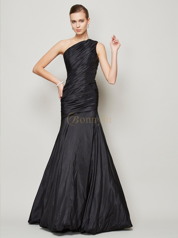 Black Taffeta One-Shoulder A-Line/Princess Floor-Length Dresses