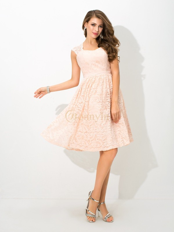 Pearl Pink Lace Straps A-Line/Princess Knee-Length Bridesmaid Dresses
