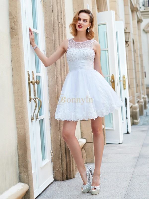 White Lace Jewel A-Line/Princess Short/Mini Graduation Dresses