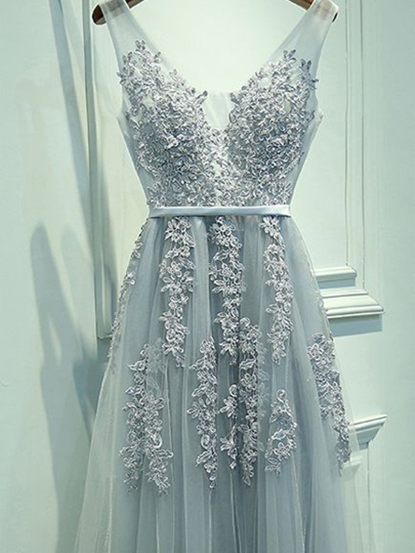 Light Sky Blue Tulle V-neck A-Line/Princess Floor-Length Prom Dresses