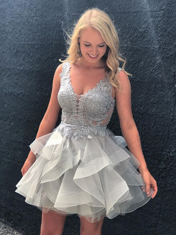 Silver Tulle V-neck A-line/Princess Short/Mini Homecoming Dresses