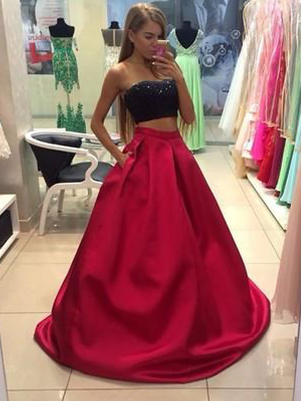 Red Tulle Strapless A-Line/Princess Floor-Length Dresses