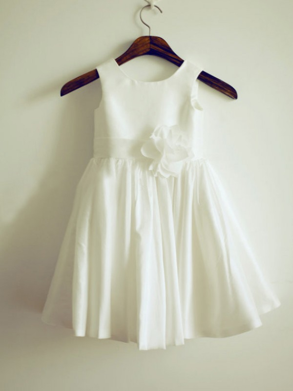White Taffeta Jewel A-Line/Princess Tea-Length Flower Girl Dresses