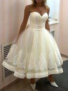 White Tulle Sweetheart Ball Gown Tea-Length Wedding Dresses
