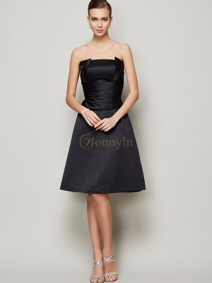 Black Satin Strapless A-Line/Princess Knee-Length Bridesmaid Dresses