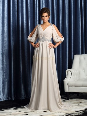 Ivory Chiffon V-neck A-Line/Princess Court Train Mother of the Bride Dresses