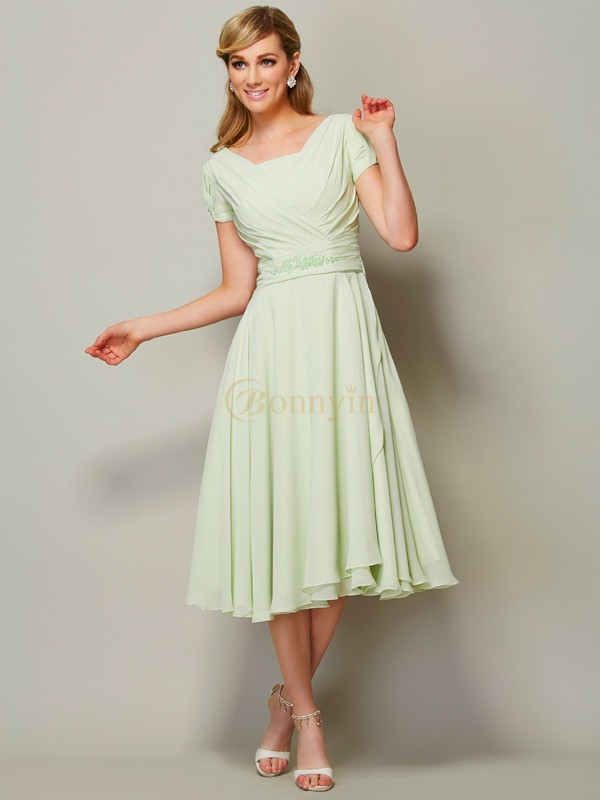 Sage Chiffon Bateau Sheath/Column Knee-Length Bridesmaid Dresses