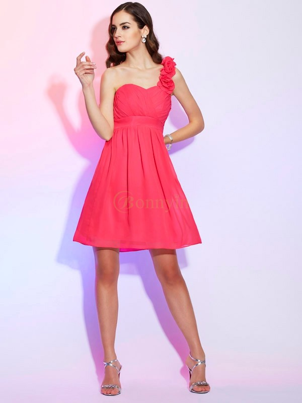 Fuchsia Chiffon One-Shoulder A-Line/Princess Knee-Length Cocktail Dresses