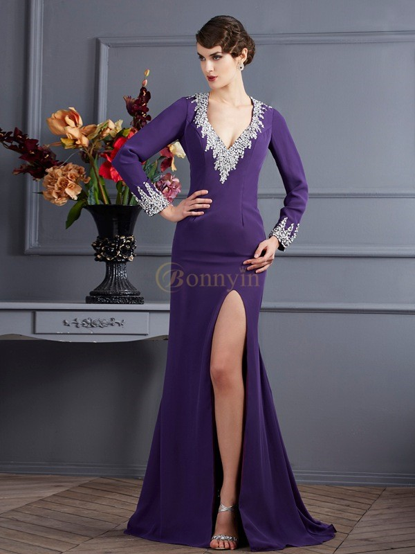 Regency Chiffon V-neck Trumpet/Mermaid Sweep/Brush Train Dresses