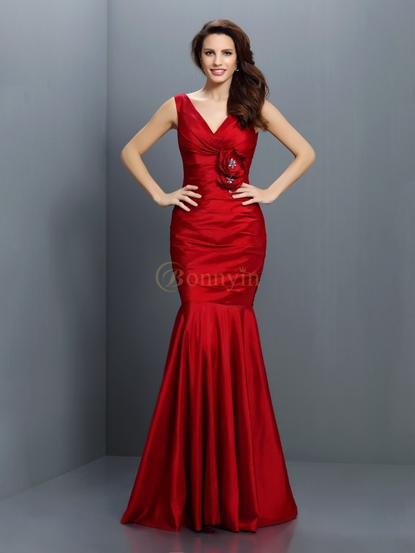 Red Taffeta V-neck Trumpet/Mermaid Floor-Length Bridesmaid Dresses