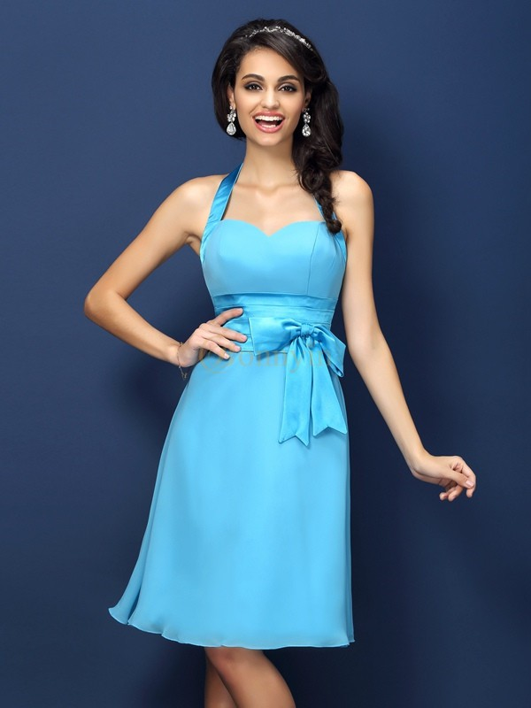 Light Sky Blue Chiffon Halter Sheath/Column Knee-Length Bridesmaid Dresses
