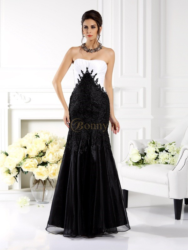 Black Tulle Strapless Trumpet/Mermaid Floor-Length Dresses