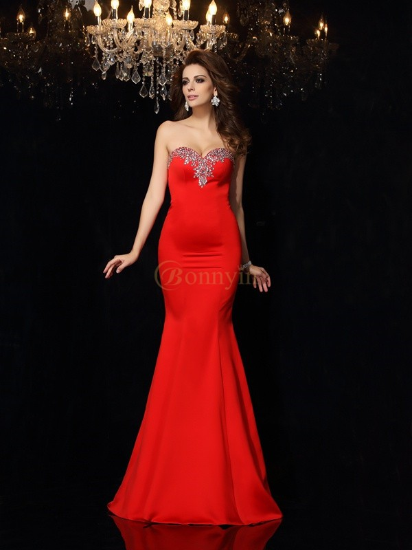 Red Satin Sweetheart Sheath/Column Court Train Dresses
