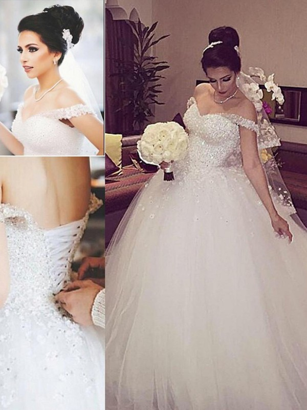 White Tulle Off-the-Shoulder Ball Gown Court Train Wedding Dresses