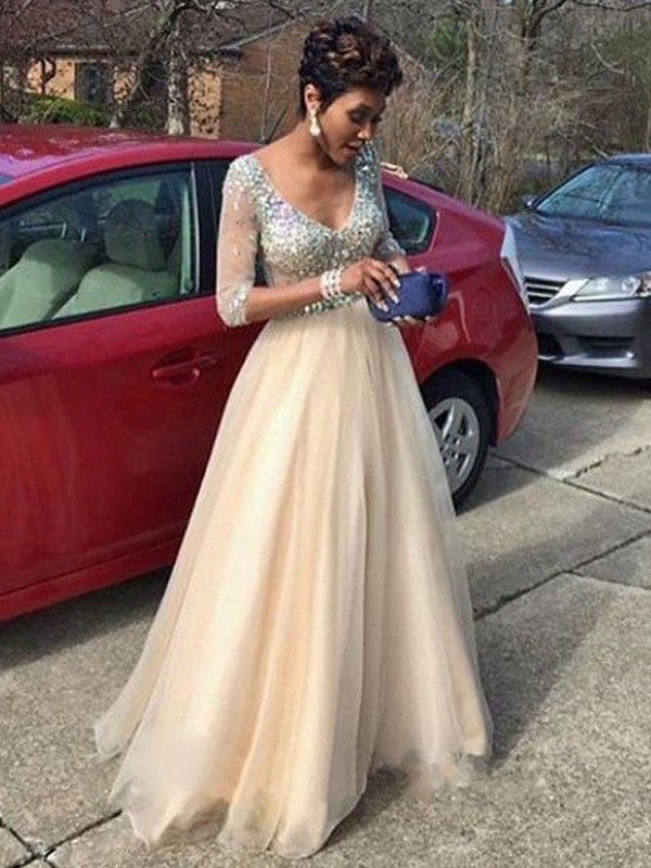 Ivory Tulle V-Neck A-Line/Princess Floor-Length Prom Dresses