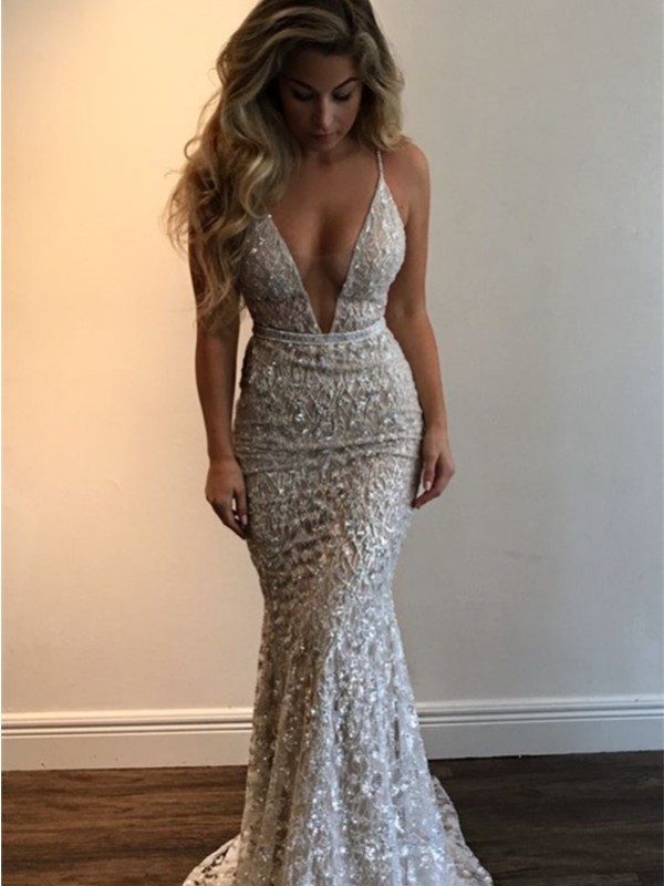 Ivory Lace V-neck Trumpet/Mermaid Floor-Length Prom Dresses
