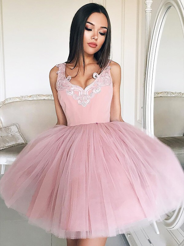 Pink Tulle V-neck A-line/Princess Short/Mini Homecoming Dresses