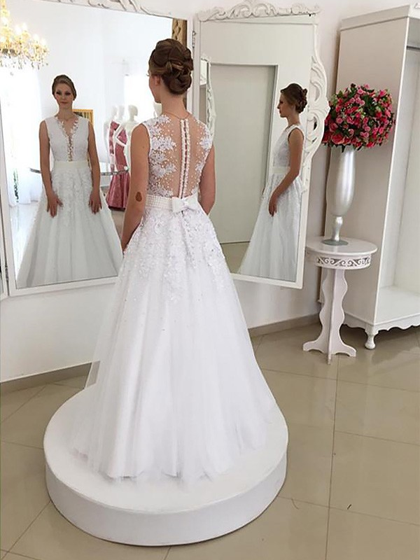 Ivory Lace Scoop Trumpet/Mermaid Floor-Length Wedding Dresses