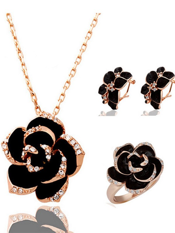 Charming Alloy With Crystal Hot Sale Jewelry Set