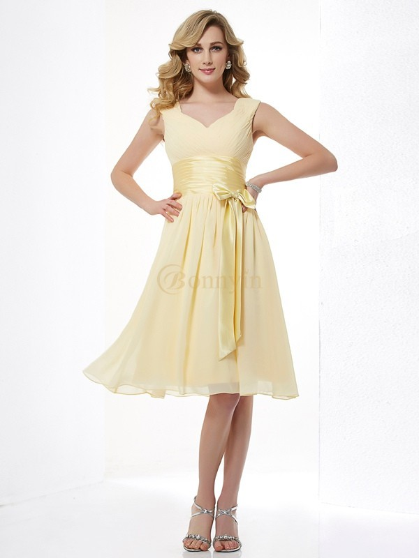 Yellow Chiffon Straps A-Line/Princess Knee-Length Dresses