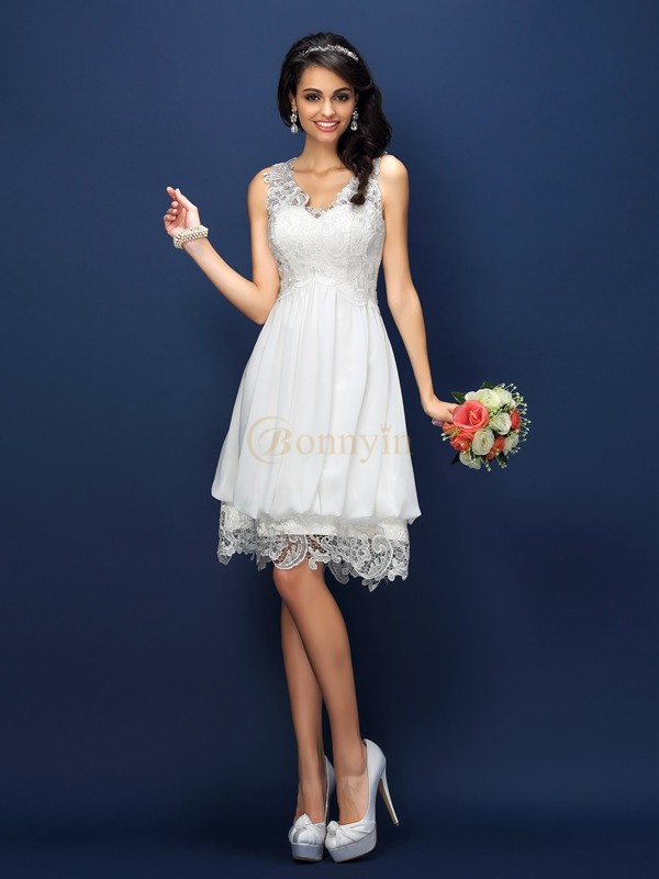 White Lace V-neck A-Line/Princess Short/Mini Bridesmaid Dresses