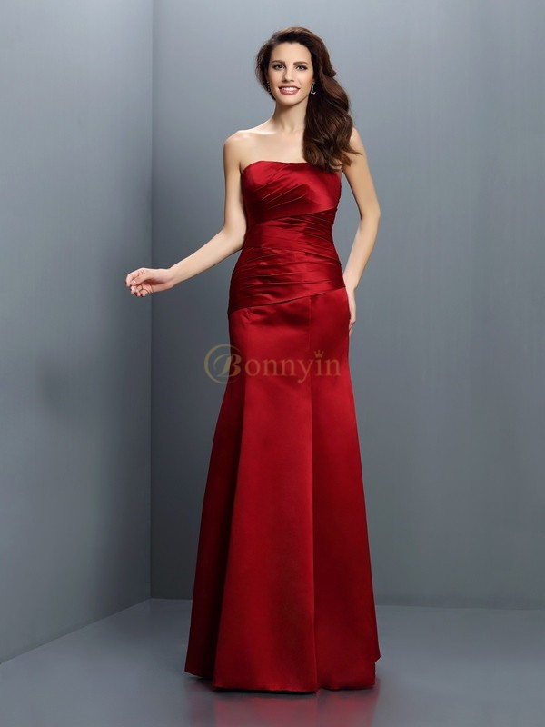 Red Satin Strapless Sheath/Column Floor-Length Bridesmaid Dresses