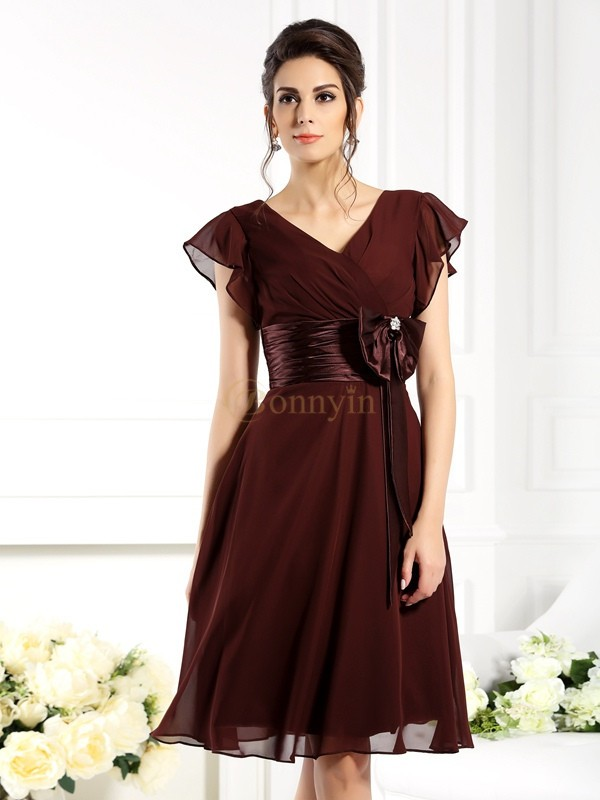 Brown Chiffon V-neck A-Line/Princess Knee-Length Mother of the Bride Dresses