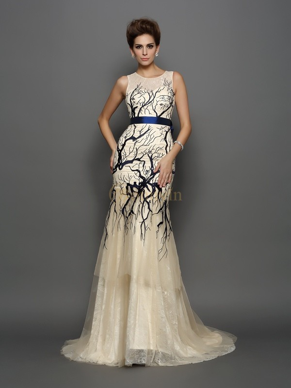 Champagne Tulle Scoop Trumpet/Mermaid Court Train Dresses
