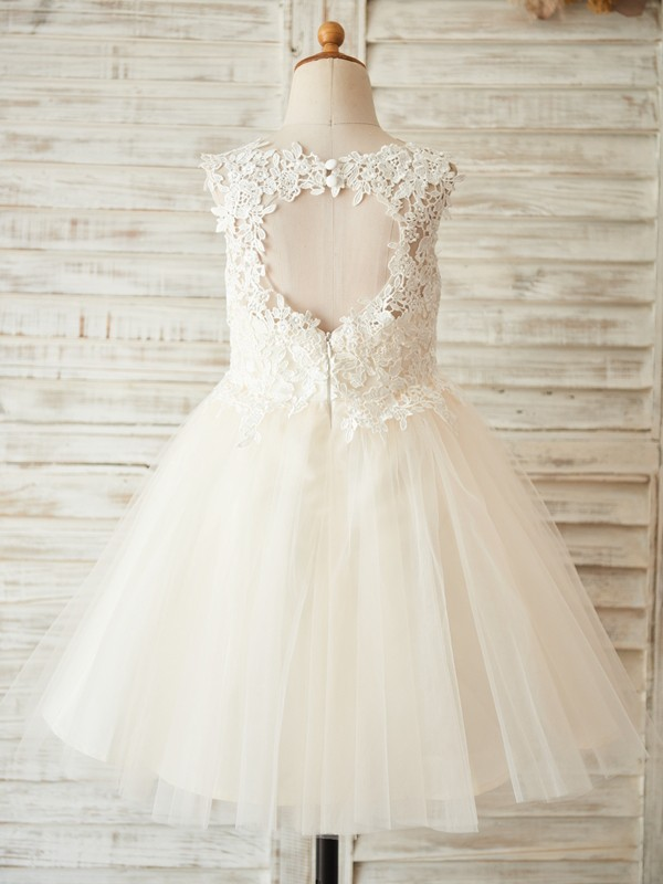Ivory Tulle Scoop A-Line/Princess Knee-Length Flower Girl Dresses