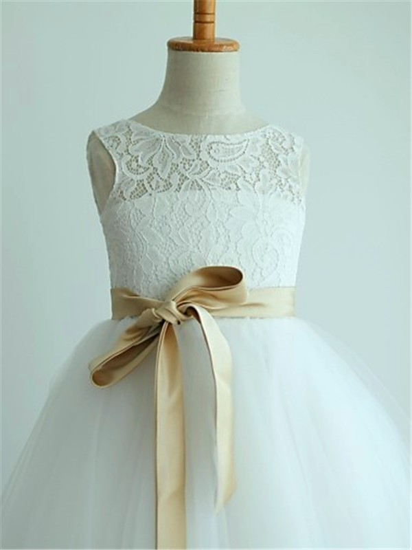 White Tulle Scoop A-line/Princess Ankle-Length Flower Girl Dresses