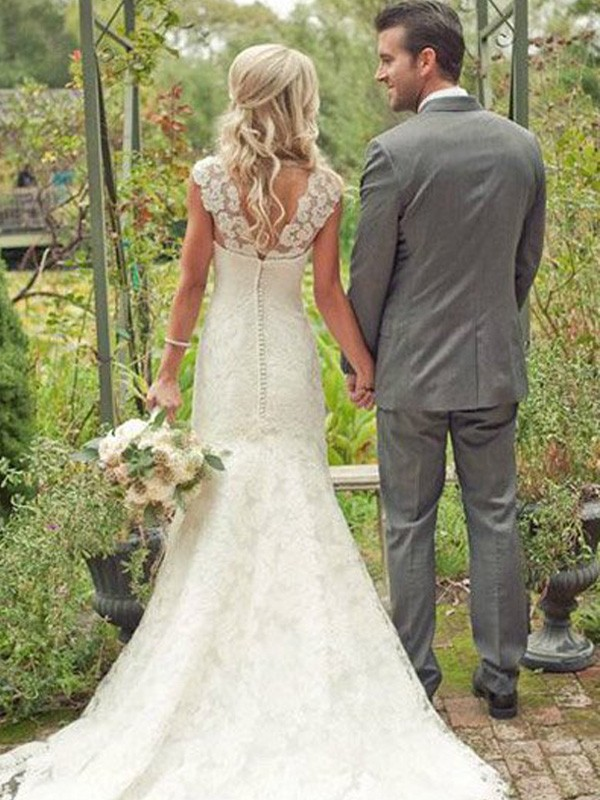 White Lace V-neck Trumpet/Mermaid Sweep/Brush Train Wedding Dresses