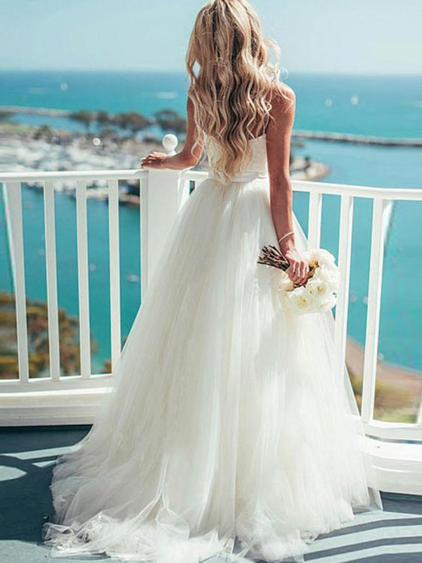 White Tulle Sweetheart Ball Gown Sweep/Brush Train Wedding Dresses