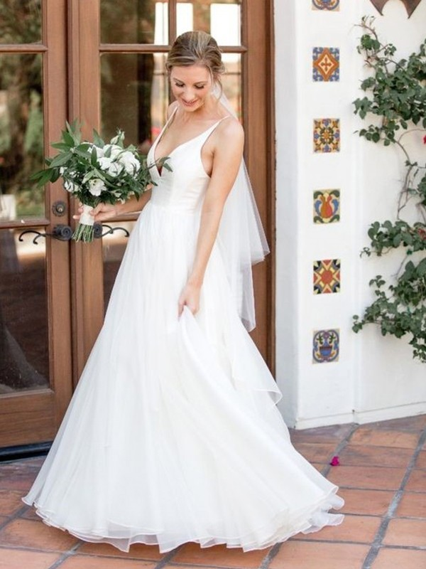 White Tulle V-neck A-Line/Princess Sweep/Brush Train Wedding Dresses