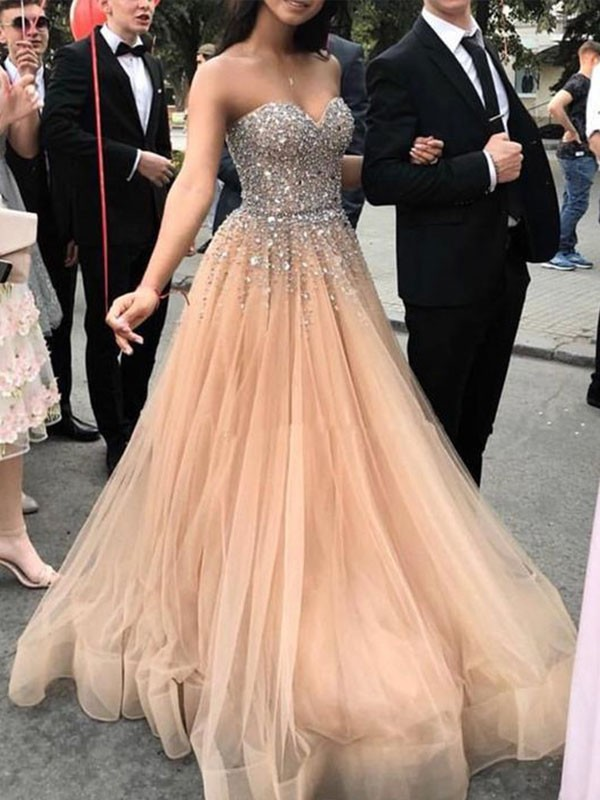 Champagne Tulle Sweetheart A-Line/Princess Sweep/Brush Train Dresses
