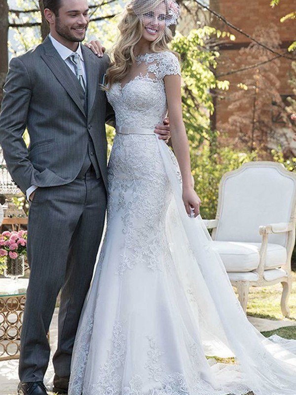 White Tulle Bateau Trumpet/Mermaid Sweep/Brush Train Wedding Dresses