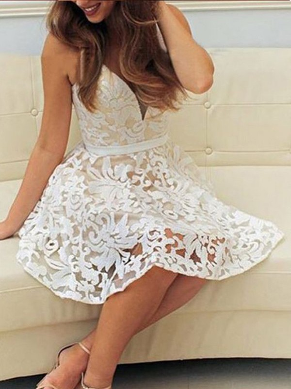 White Lace V-neck A-line/Princess Short/Mini Homecoming Dresses