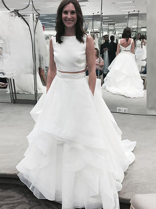 White Chiffon Bateau A-Line/Princess Court Train Wedding Dresses
