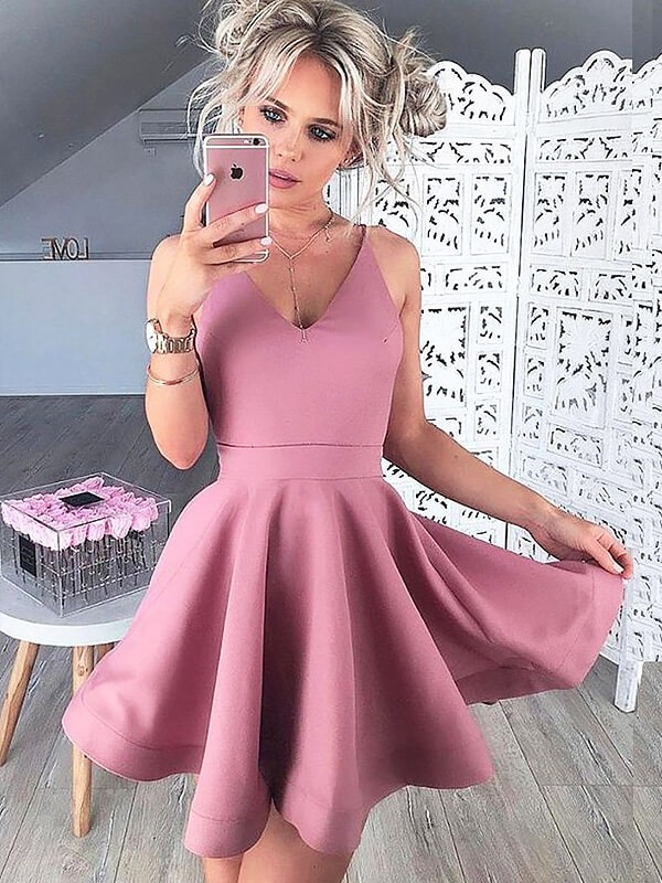 Pink Satin V-neck A-line/Princess Short/Mini Homecoming Dresses