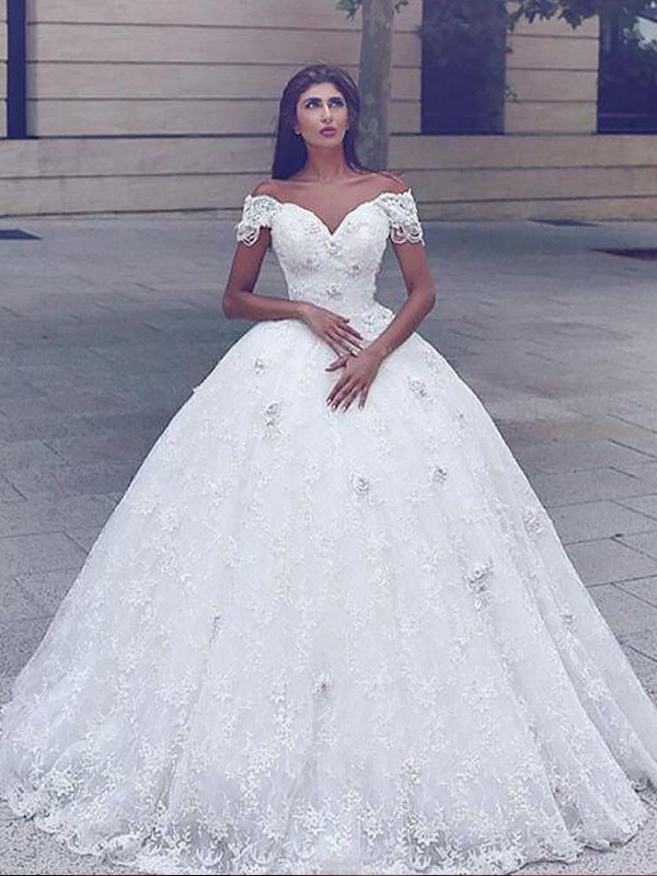 Ivory Lace Straps Ball Gown Floor-Length Wedding Dresses